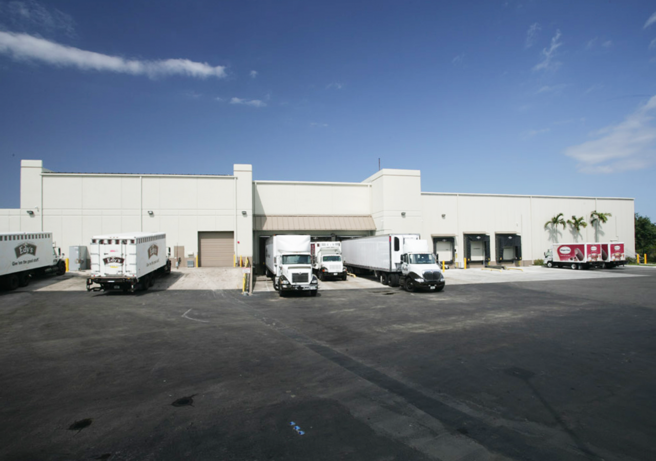 Exterior Dock Positions with Trucks at Edy's Grand Ice Cream Cold Storage Distribution Facility Built by ARCO Construction